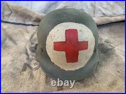 WW2 WWII German Helmet M-40 Size 66 MEDIC