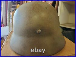 Ww2 M35 German helmet with original liner stamped SE62